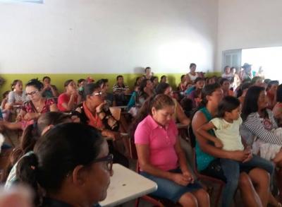 Reunião com os beneficiados do Programa Bolsa Família