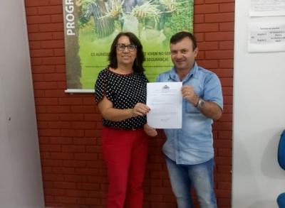 Prefeito de Monte das Gameleiras acaba de entregar o oficio de cotas aderindo ao Programa Garantia safra 2018/2019